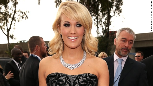 Carrie Underwood donates $1 mil to Red Cross