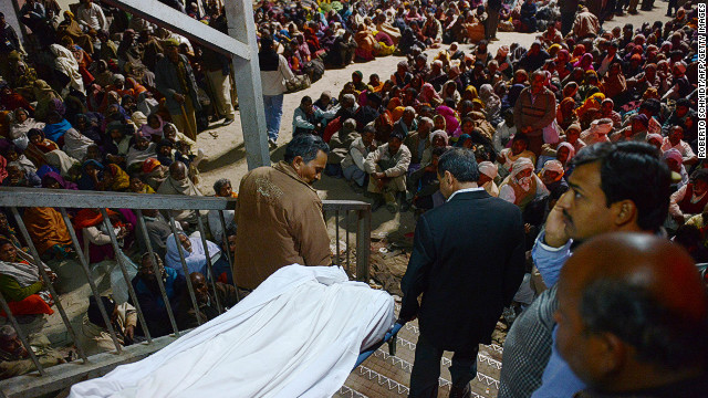 36 killed in stampede at Indian rail station near huge Hindu festival