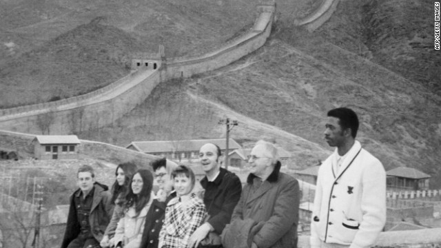 The U.S. table tennis players visit the Great Wall of China during their visit. Their trip showed the potential of sport to overcome political differences.