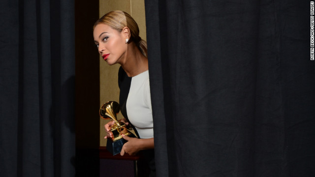 Beyonce to herself upon entering the press room: &quot;I should go out there and sing live right now. Because I can.&quot;
