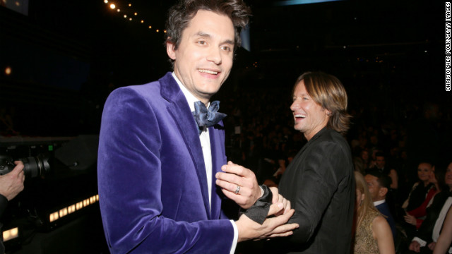 "Keith Urban to John Mayer: ""<a href='http://www.youtube.com/watch?v=85q_hRnl3oI' target='_blank'>This is beautiful! What is that? Velvet?</a>"""