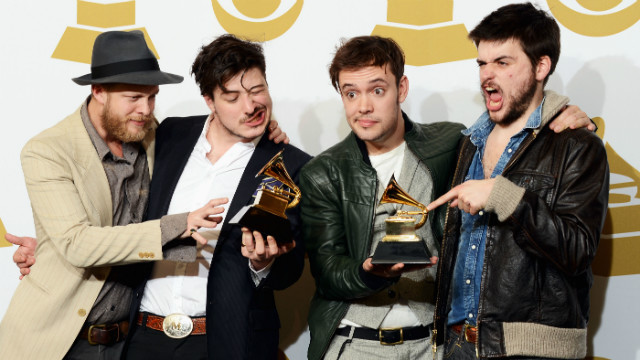 Mumford bassist hospitalized with blood clot