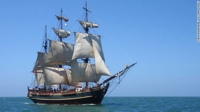Widow tells of HMS Bounty's last moments
