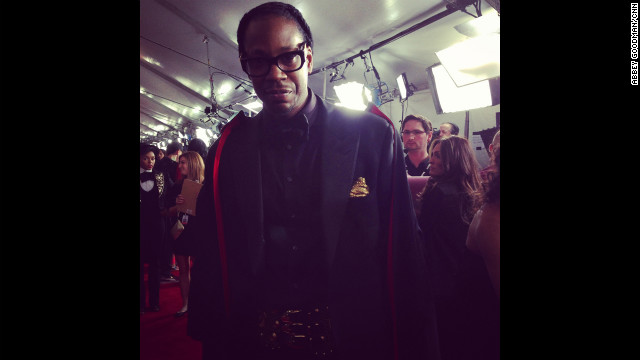 Why, it's dapper rapper 2 Chainz. 