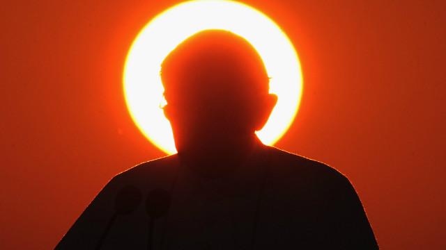 """Benedicto XVI será llamado """"Papa Emérito"""" cuando se retire"""