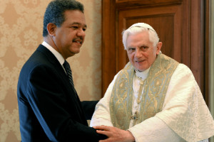 El papa Benedicto XVI y los líderes del mundo