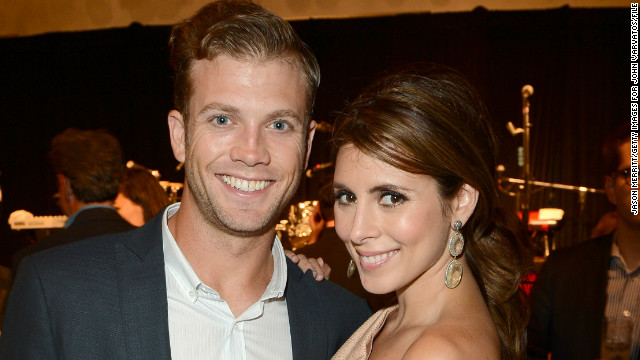 Jamie-Lynn Sigler, fiance are expecting