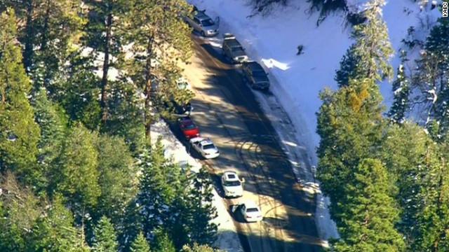 Dos policías resultan heridos en persecución de sospechoso en California