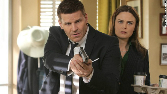 David Boreanaz and Emily Deschanel) star in the Fox series