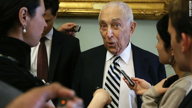 Lautenberg jokes about retirement: &#039;Is it too late to change my mind?&#039;