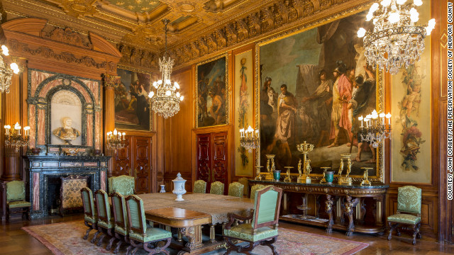 Designed by Philadelphia architect Horace Trumbauer and modeled after a French chateau, the Elms cost $1.4 million to build and includes this spectacular dining room.