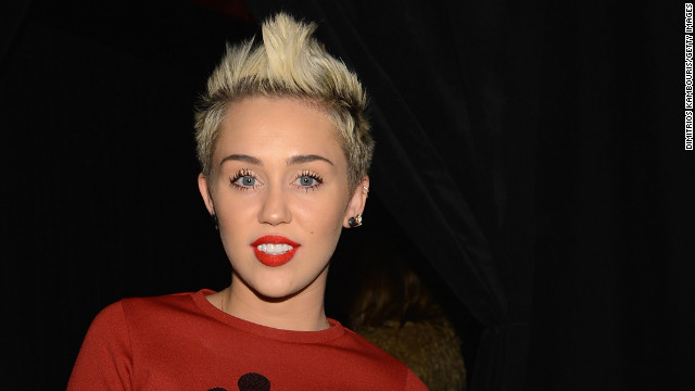 Miley Cyrus: &#039;I didn&#039;t call off my wedding&#039;
