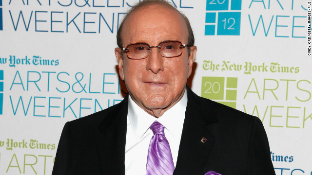 Clive Davis reveals bisexuality in new memoir