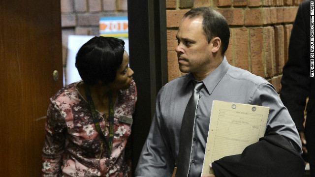 Lead investigator booted in Pistorius case