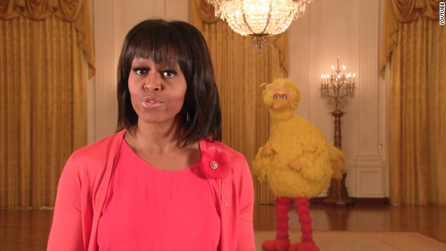 Big Bird flies from campaign trail to White House