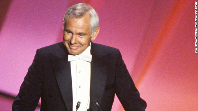 Johnny Carson, the king of late night, hosted the Academy Awards five times between 1979 and 1984. <a href='https://www.youtube.com/watch?v=OuTVeNS0ggY' target='_blank'>Carson never failed to make the audience laugh.</a>