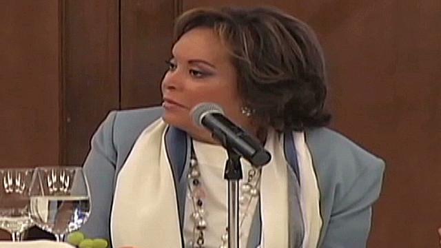 Elba Esther Gordillo sale de prisión para recibir atención médica