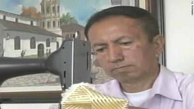 El sastre del Vaticano, ¿tiene una pista sobre quién podría ser el próximo Papa?