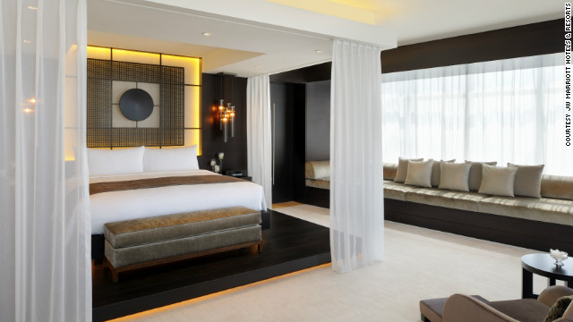 The JW Marriott Marquis Dubai, which opened Wednesday, can host groups of up to 1,000 people to stay and meet at the hotel.