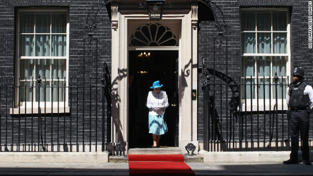 Elizabeth leaves No. 10 Downing Street in London in July 2012.