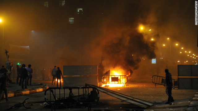 Egyptian protesters clash with security forces in Port Said late on March 3, 2013.