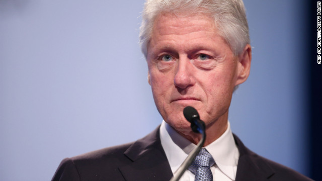Clinton urges Supreme Court to overturn DOMA
