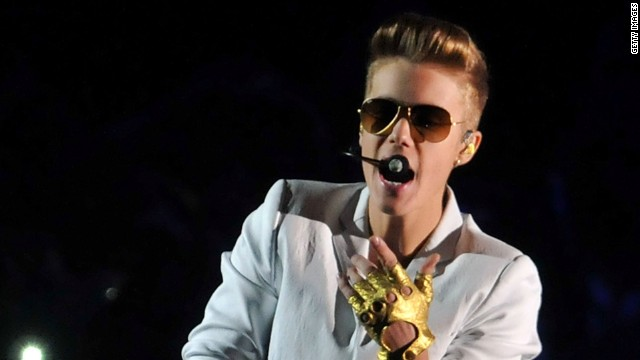 Bieber calls Clinton after using the F-word