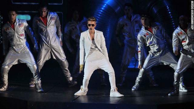 Justin Bieber cancels concert in Portugal