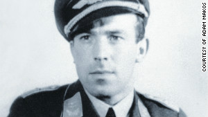 Franz Stigler wondered for years what                                                            happened to                                                            the American                                                            pilot he                                                            encountered in                                                            combat.