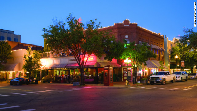 Best Small Towns In Arkansas http://www.cnn.com/2013/03/11/travel/comeback-towns