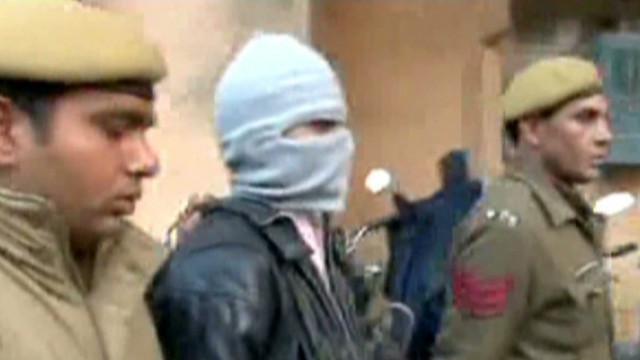 Uno de los acusados de violar a una joven en India se suicida en prisión