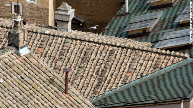 The installed chimney as it appeared on top of the Sistine chapel on March 12.