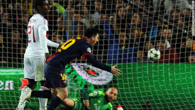 """Barcelona golea 4-0 al Milan y avanza en la """"Champions"""""""