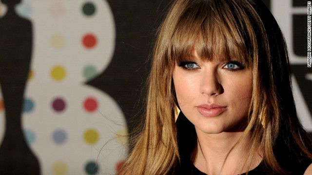 Letters to Taylor Swift found in recycling dumpster
