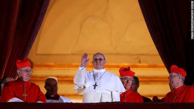 Thousands pack St  Peter's Square for Pope Francis
