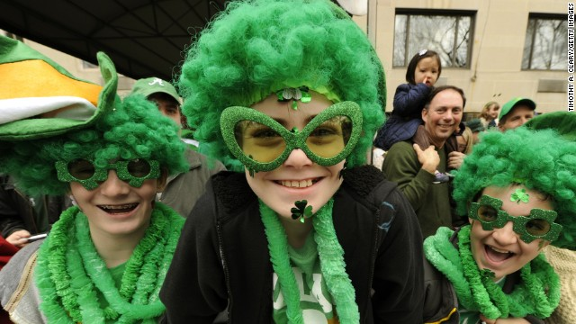 Although <a href='http://www.religionfacts.com/christianity/holidays/st_patricks_day.htm' target='_blank'>Irish people traditionally wear shamrocks and the colors of the Irish flag</a> (green, white and orange) on St. Patrick's Day, the rest of the world has embraced wearing green.