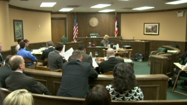 Dos adolescentes son declarados culpables de violar a una menor de 16 años en Ohio