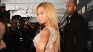Beyonce &#039;runs&#039; it on &#039;Grown Woman&#039; leak