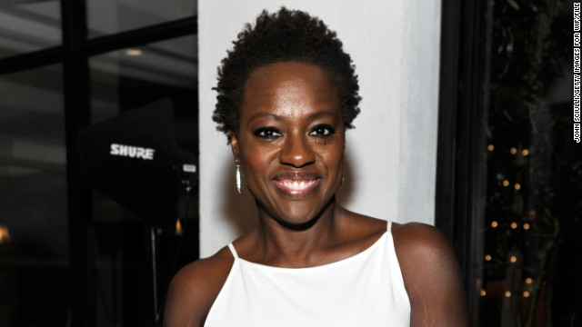 <a href='http://marquee.blogs.cnn.com/2012/02/27/praise-pours-in-for-viola-davis-natural-do/?iref=allsearch' target='_blank'>Viola Davis earned raves from style observers</a> when she arrived at the 2012 Oscars wearing her hair naturally. But the 47-year-old actress is in great company, as plenty of other Hollywood stars frequently opt to rock their hair in its natural state. Check out 20 more of our favorites: