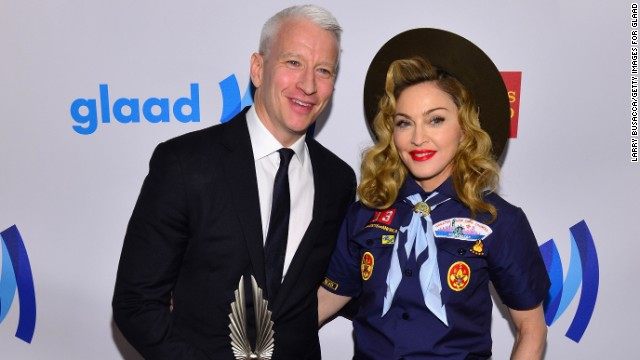 'Boy Scout' Madonna gives Anderson Cooper GLAAD award