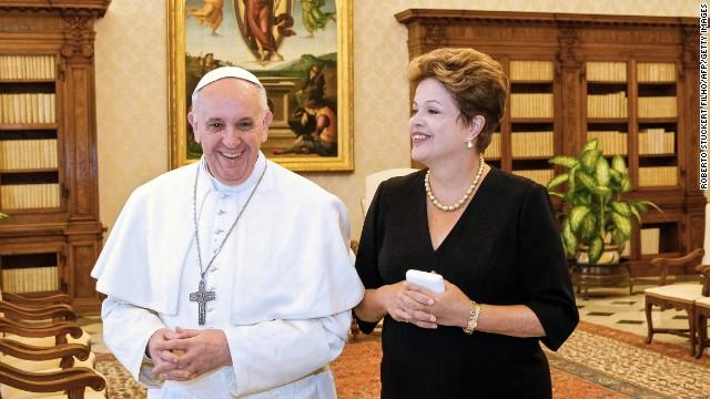 """""""El papa será argentino, pero Dios es brasileño"""", dice la presidenta de Brasil"""