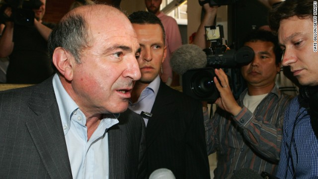 In July 2007, Berezovsky told media that UK police had warned him that they believed his life was under threat from a Russian assassin.
