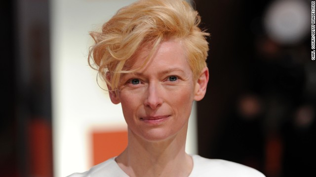 Tilda Swinton leads dance-along at Ebertfest 2013