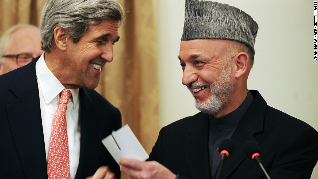 Kerry makes unannounced Afghanistan visit