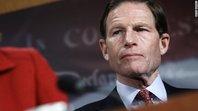 Senators blast NRA for robocalls in Newtown