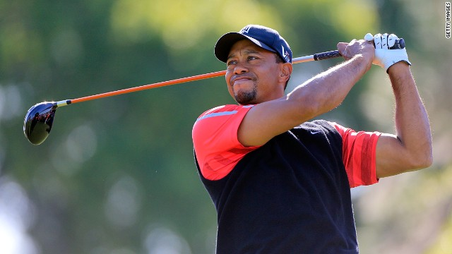 Woods comfortably protected his lead at the final round of the Arnold Palmer Invitational on Monday to regain the No. 1 ranking.