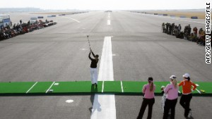 7 of the most entertaining airports