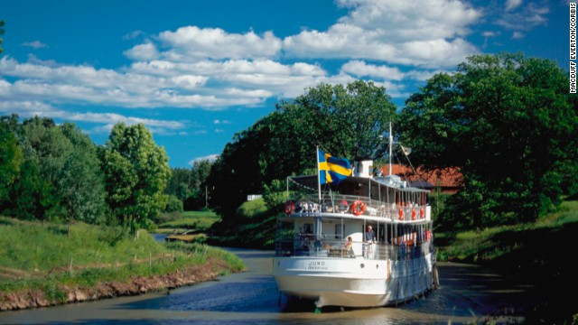 Cruises between Gothenburg and Stockholm on 1800s period ships go between the Baltic and North seas along three canals.
