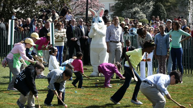 Obama hosts Easter Egg Roll, falters on the basketball court