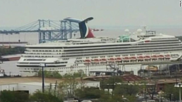 Carnival Triumph breaks loose